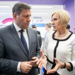 Wicepremier Polski wSamsung Labo weWronkach