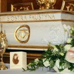 Relikwie św.Faustyny weWronkach