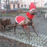 Osiołek już świątecznie ubrany :)