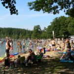 Badanie temperatury wody wjeziorach