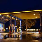 Co kupowałbyś wniedzielę nastacji paliw?