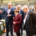 Minister przedsiębiorczości zwiedziła fabrykę Amica