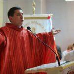 Ks. Szymon Kaźmierczak kończy posługę wboreckiej parafii