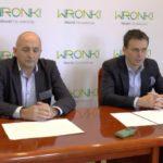 Konferencja prasowa burmistrza Wronek iszefa zarządzania kryzysowego [wideo]