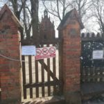 Cmentarze wronieckie zamknięte nakłódki
