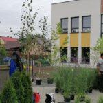 """Nieprawdą jest jakoby nowe przedszkole """"ciągnęło nadal prąd zprzedłużacza odsąsiadki"""" – mówi inwestor przedszkola"""