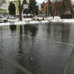 Na os.Staszica powstaje lodowisko!